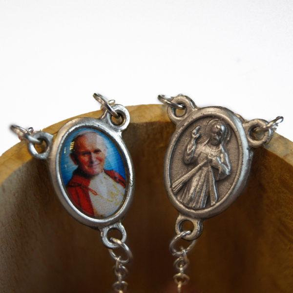 Różaniec Jezus Miłosierny i Jan Paweł II